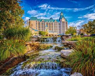 Chateau on the Lake Resort & Spa Branson