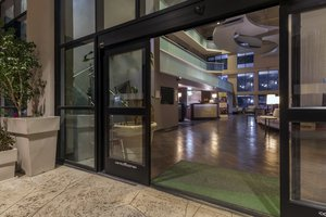 Holiday Inn Hotel & Suites 44th Street Airport Phoenix