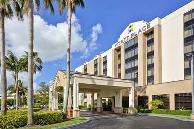Hyatt Place Hotel Airport West Miami
