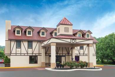 Best Western Plus Riverpark Inn & Conference Center