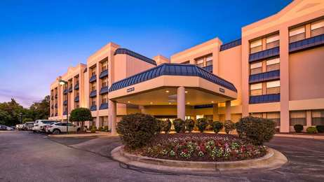 Best Western Plus Hotel Elkridge