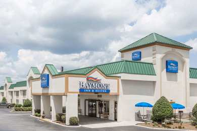 Baymont Inn & Suites Greensboro