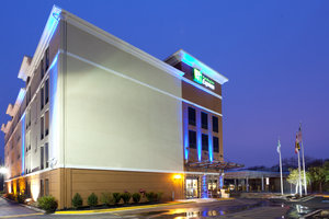 Holiday Inn Express Hyattsville