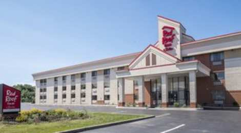 Red Roof Inn & Suites Elyria