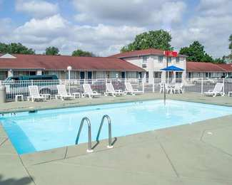 Econo Lodge Cedar Point South Sandusky