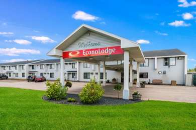 Econo Lodge Airport Duluth