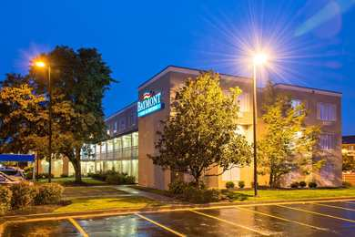 Baymont Inn & Suites East Louisville