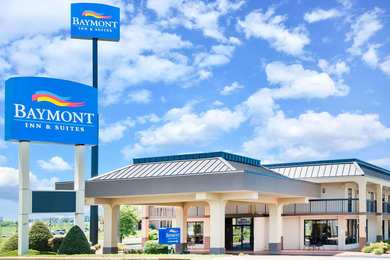 Baymont Inn & Suites Northeast Clarksville