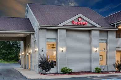 Ramada Hotel Cleveland Airport Fairview Park West