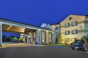 Holiday Inn Express Grand Rapids Airport