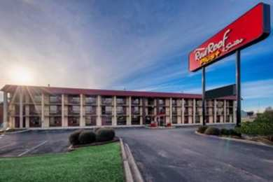 Red Roof Inn & Suites Madison