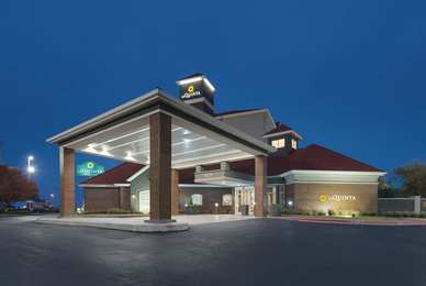 La Quinta Inn & Suites Northwest Oklahoma City