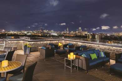 DoubleTree Suites by Hilton Hotel Allston