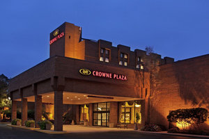 Crowne Plaza Hotel North Columbus