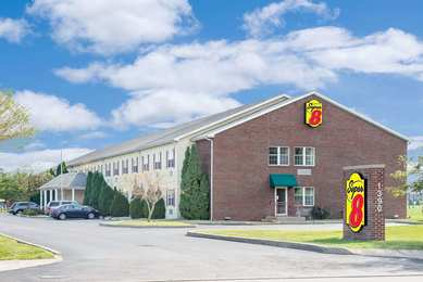 Super 8 Hotel Maumee