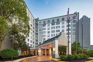 Sheraton Suites Worthington Columbus