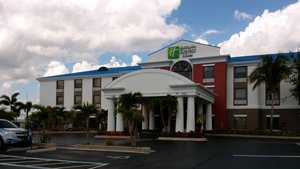 Holiday Inn Express Hotel & Suites Okeechobee