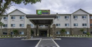 Days Inn & Suites Naples