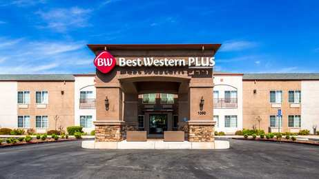 Best Western Plus Twin View Inn & Suites Redding