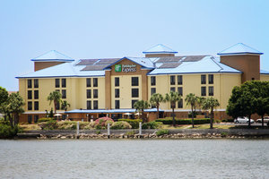 Holiday Inn Express Hotel & Suites Airport Tampa