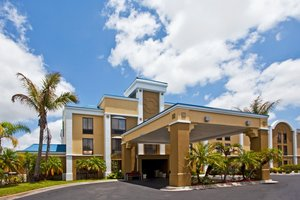 Holiday Inn Express West Vero Beach