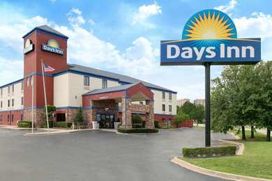 Days Inn Central Tulsa