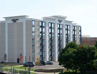 Hampton Inn Downtown Green Bay