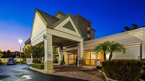 Best Western Plus Windsor Inn North Miami