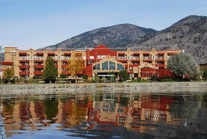 Holiday Inn Hotel Suites Osoyoos