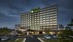 Holiday Inn Southwest Alexandria