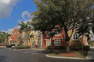 Extended Stay Deluxe Hotel West Palm Beach