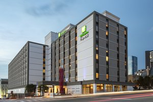 Holiday Inn Express Downtown Nashville