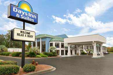 Days Inn & Suites Midtown Savannah