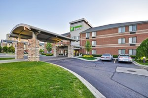 Holiday Inn Express Airport Romulus