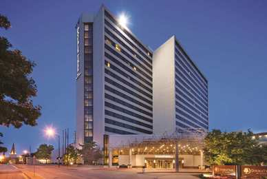 DoubleTree by Hilton Hotel Downtown Tulsa