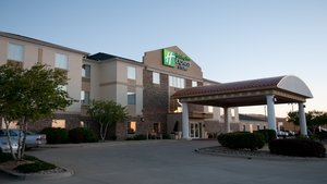 Holiday Inn Express Hotel & Suites Normal