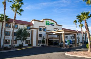 Holiday Inn Express Airport Tucson