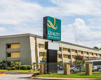 Quality Inn & Suites College Park