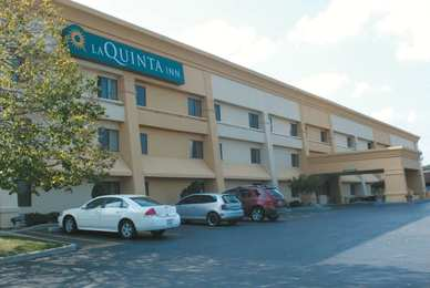 La Quinta Inn West Brookfield