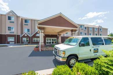 Microtel Inn & Suites by Wyndham Airport Kansas City