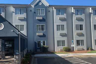 Microtel Inn by Wyndham Airport Charlotte