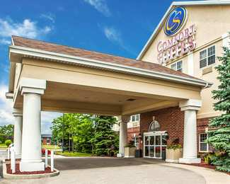 Comfort Suites Milwaukee Airport Oak Creek
