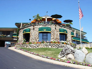 Weathervane Terrace Inn & Suites Charlevoix