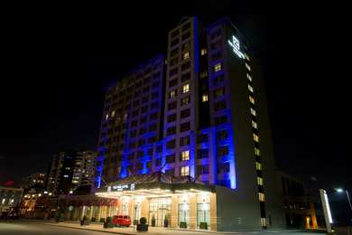 Stationpark All Suite Hotel Downtown London