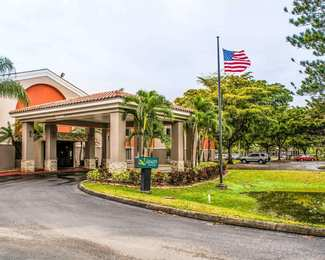 Quality Suites Airport Fort Myers
