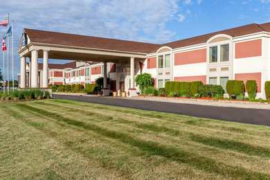 Days Inn & Suites Roseville