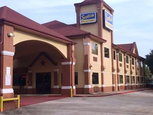 Scottish Inn & Suites Hobby Airport Houston