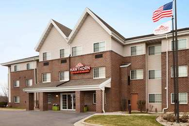 MainStay Suites Oak Creek