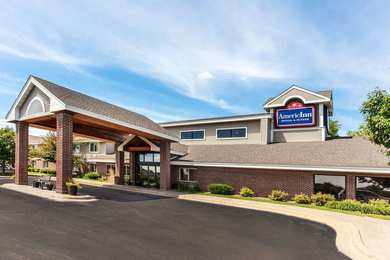 AmericInn Oak Park Heights