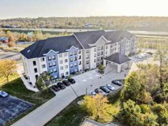 Country Inn and Suites by Carlson North Cedar Rapids